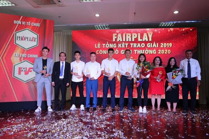 Nữ trung vệ Chương Thị Kiều giành giải thưởng Fair-play 2019 - Ảnh 2.