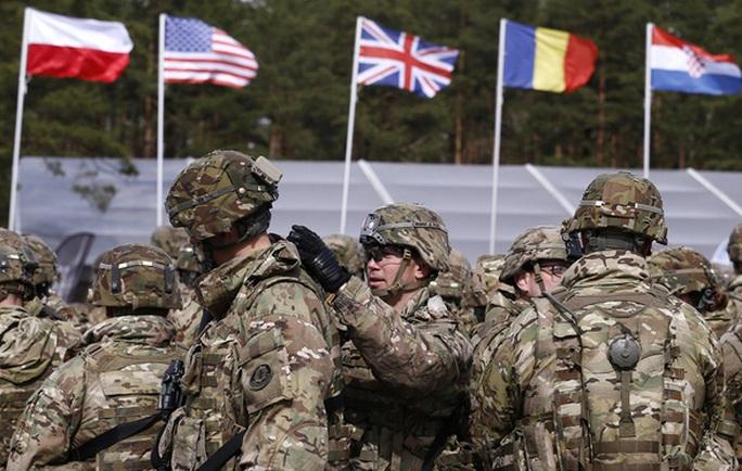 Trung Quốc chi tiêu quân sự quá lớn, NATO lên kế sách chặt vòi bạch tuộc - Ảnh 2.