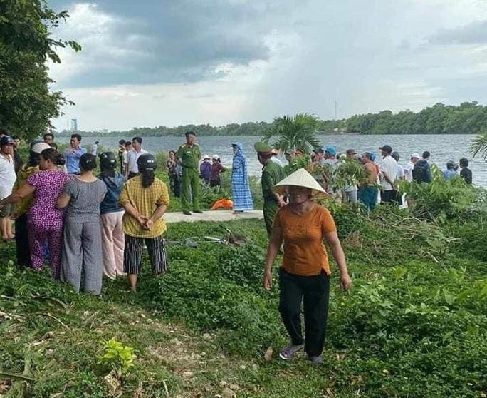 6 nữ sinh ra sông Hương tắm, 2 em đuối nước thương vong - Ảnh 1.