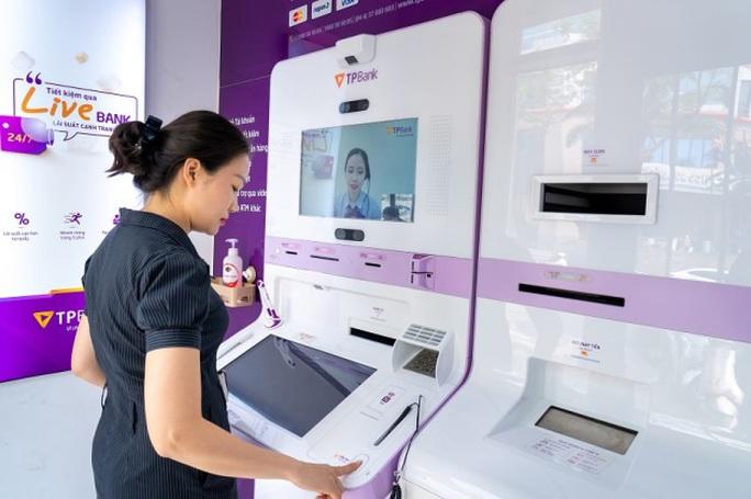 Ngân hàng Việt đầu tiên giao dịch bằng nhận diện khuôn mặt - Ảnh 2.