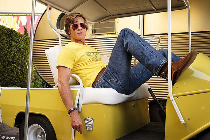 """Brad Pitt """"ngầu"""" với mô-tô, bí mật rời nhà vợ cũ Angelina Jolie - Ảnh 7."""