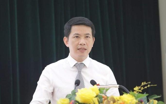 Ông Phạm Tuấn Long làm Chủ tịch quận Hoàn Kiếm - Ảnh 1.