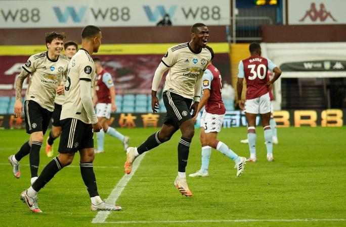 Trọng tài tặng phạt đền, Man United lập kỷ lục Ngoại hạng Anh - Ảnh 7.