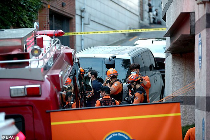 NÓNG: Thị trưởng Seoul tự tử sau khi bị tố quấy rối tình dục? - Ảnh 3.