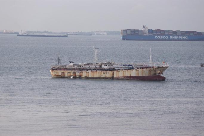 Indonesia chặn bắt tàu cá Trung Quốc, phát hiện thi thể đông lạnh - Ảnh 1.