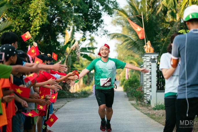 Hấp dẫn, thú vị đường chạy Mekong Delta Marathon 2020 - Ảnh 4.