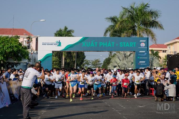 Hấp dẫn, thú vị đường chạy Mekong Delta Marathon 2020 - Ảnh 5.
