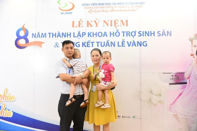 Cặp song sinh chào đời khoẻ mạnh từ bố mẹ mang gene bệnh Thalassemia - Ảnh 1.