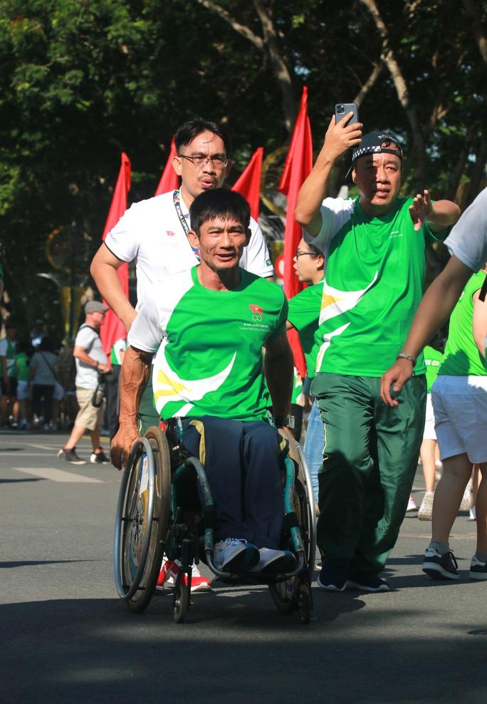 Rộn ràng ngày chạy Olympic TP HCM 2020, 8.000 người xuống phố - Ảnh 14.