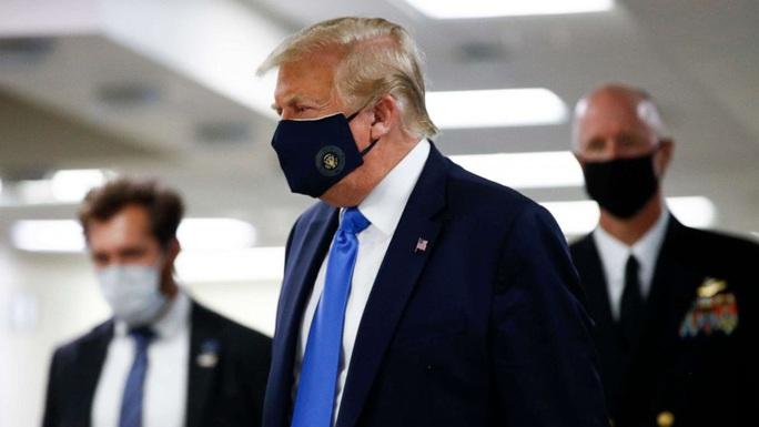 Hành động chưa từng có của Tổng thống Trump trong dịch Covid-19 - Ảnh 2.