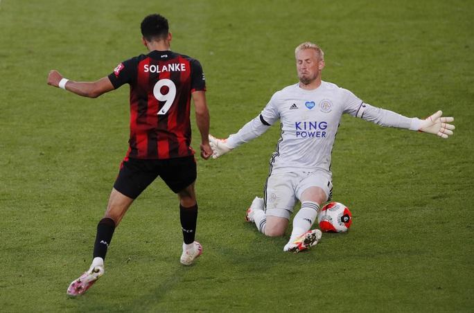 Leicester thua ngỡ ngàng Bournemouth, Man United được tiếp sức vào Top 3 - Ảnh 7.