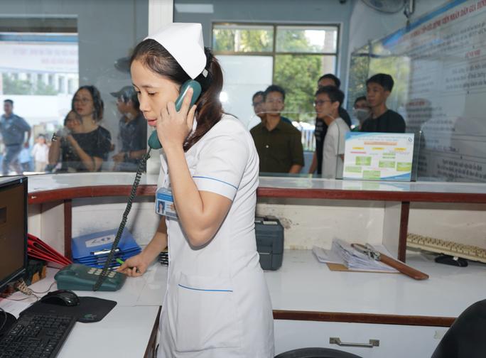 Kích hoạt Code Grey, ngăn chặn côn đồ đại náo Bệnh viện Nhân dân Gia Định - Ảnh 2.