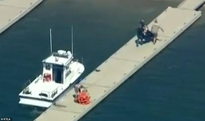 """Naya Rivera - diễn viên phim """"Glee"""" - cứu con 4 tuổi, chết đuối dưới hồ Piru - Ảnh 3."""