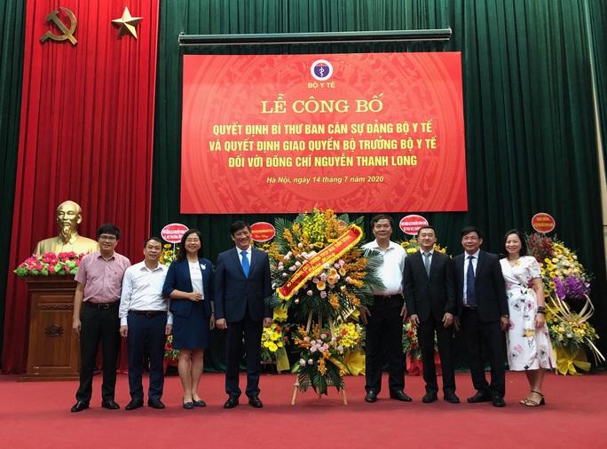 Phó Thủ tướng Vũ Đức Đam nhắn nhủ với tân Quyền Bộ trưởng Y tế Nguyễn Thanh Long - Ảnh 4.