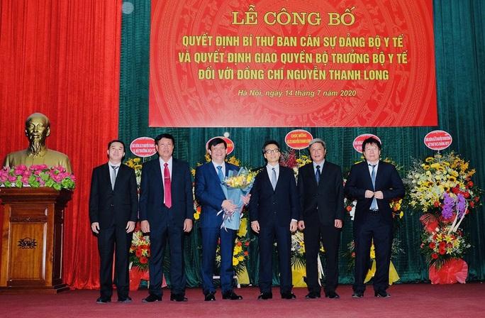 Phó Thủ tướng Vũ Đức Đam nhắn nhủ với tân Quyền Bộ trưởng Y tế Nguyễn Thanh Long - Ảnh 2.