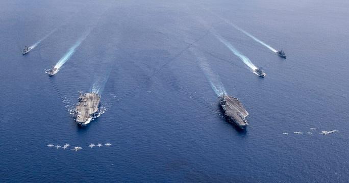 Chuyên gia quốc tế: Bác yêu sách, Mỹ đẩy Trung Quốc vào thế kẹt trên biển Đông - Ảnh 2.