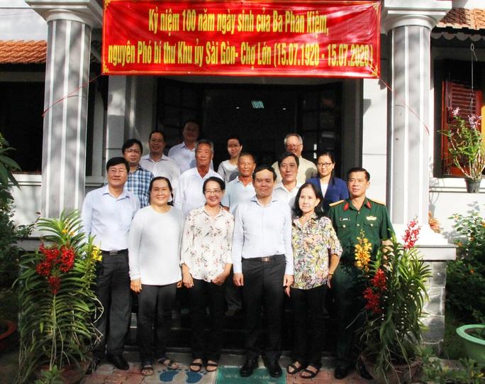 TP HCM dâng hương kỷ niệm 100 năm ngày sinh ông Phan Kiệm - Ảnh 5.