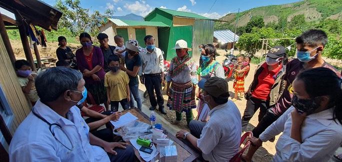 Đắk Lắk: Thêm ổ dịch bạch hầu mới, cách ly hàng ngàn người dân - Ảnh 1.