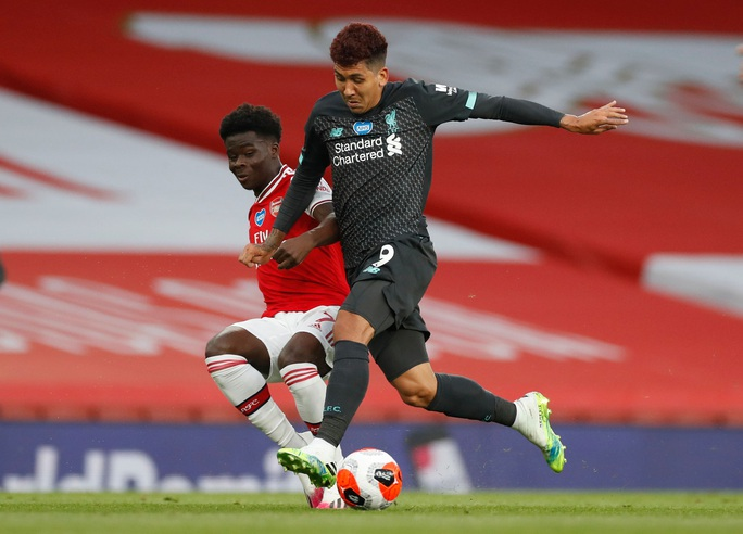Công làm thủ phá, Liverpool thua sốc trước Arsenal ở Emirates - Ảnh 3.