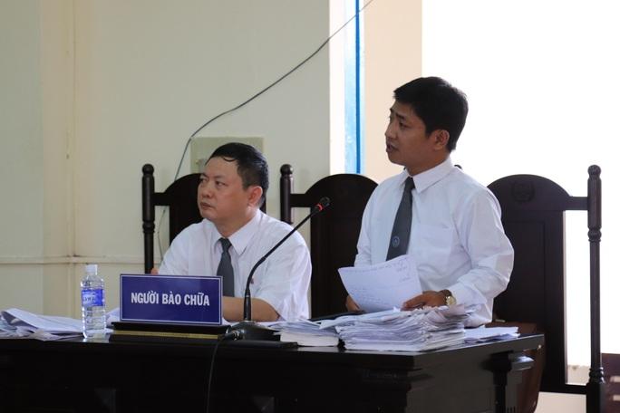 Vụ nguyên chủ tịch xã kêu oan: Nguyên giám đốc kho bạc phủ nhận việc nhận phong bì - Ảnh 3.