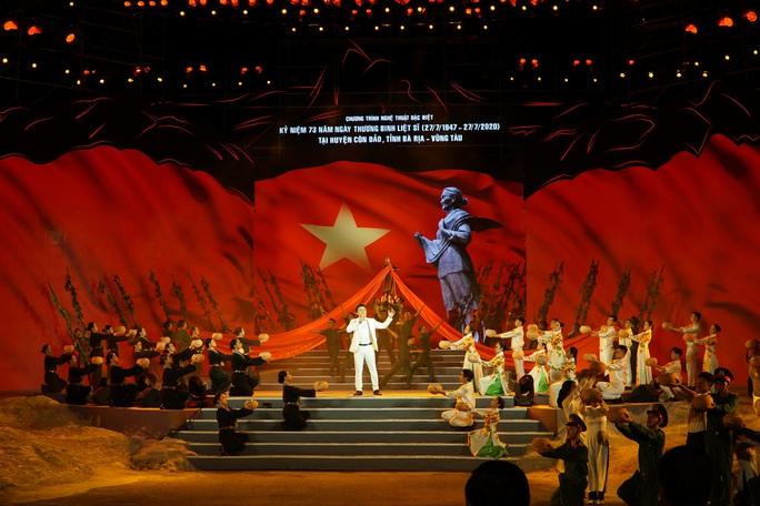 Ấn tượng chương trình Côn Đảo - Hồn thiêng Tổ quốc - Ảnh 1.