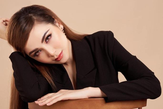 Hoa hậu Diễm Hương: Cần phạt nặng người của công chúng mà bán dâm - Ảnh 1.