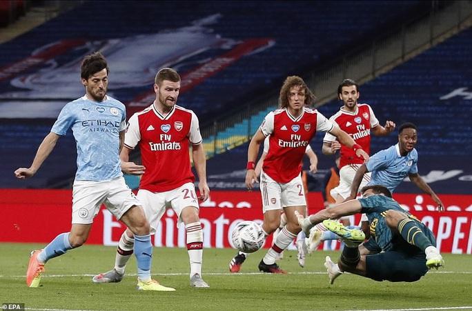 Người hùng Arsenal tỏa sáng, Man City tan tác mộng ăn ba - Ảnh 6.