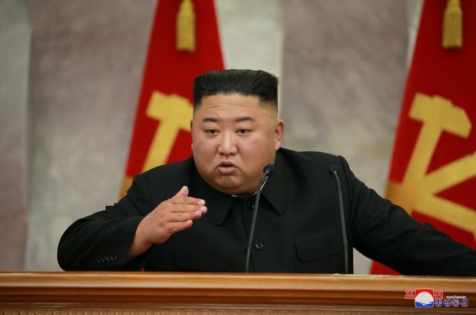 Chủ tịch Kim Jong Un chủ trì cuộc họp bàn về việc gia tăng răn đe chiến tranh - Ảnh 1.