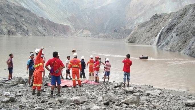 Myanmar: Sạt lở kinh hoàng tại mỏ ngọc bích, ít nhất 113 người chết - Ảnh 1.