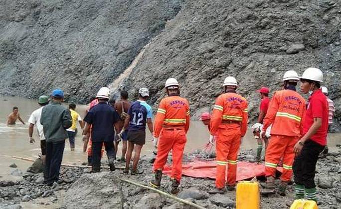 Myanmar: Sạt lở kinh hoàng tại mỏ ngọc bích, ít nhất 113 người chết - Ảnh 2.