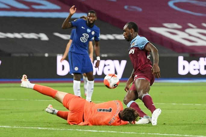Chelsea thua sốc West Ham, đối mặt ác mộng văng Top 4 - Ảnh 5.