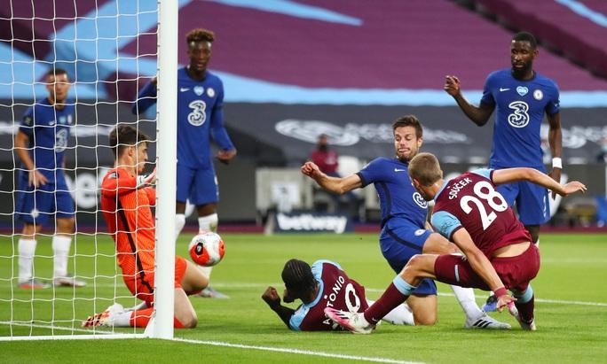 Chelsea thua sốc West Ham, đối mặt ác mộng văng Top 4 - Ảnh 2.