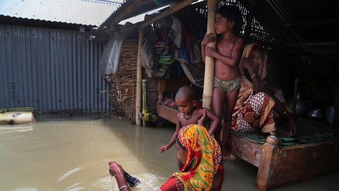 Trung Quốc hứng lũ lụt, láng giềng cũng không thoát - Ảnh 5.