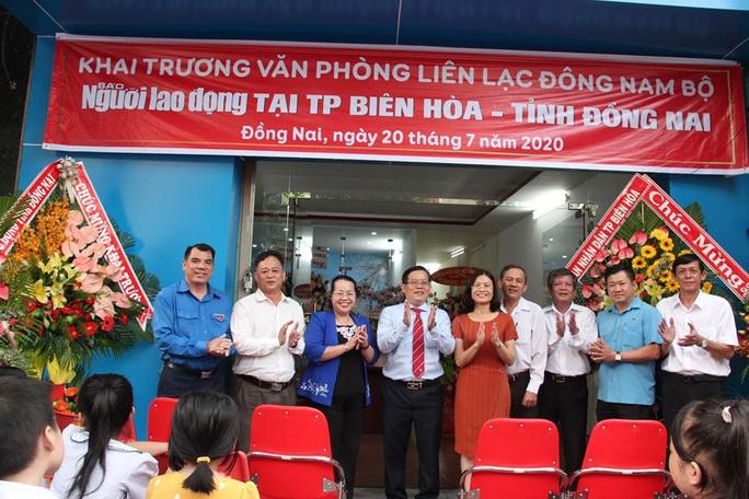 Báo Người Lao Động ra mắt văn phòng liên lạc khu vực Đông Nam Bộ - Ảnh 1.
