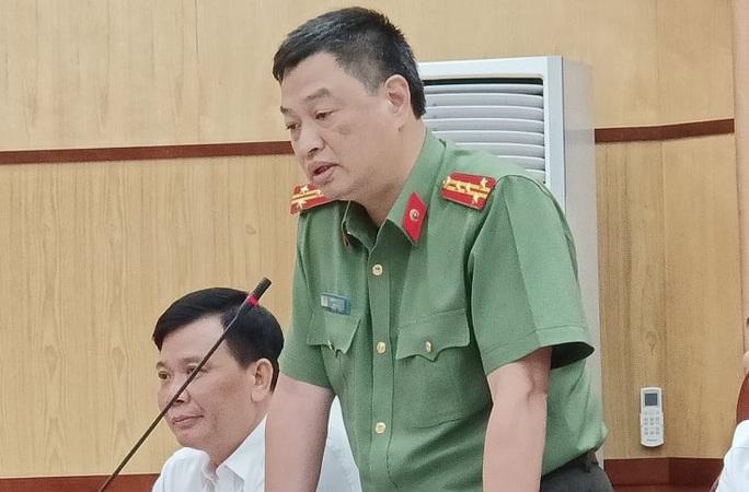 Bắt 2 phóng viên liên quan vụ tống tiền Phó chủ tịch thị xã 5 tỉ đồng - Ảnh 1.