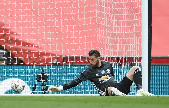 Hàng thủ gây họa, Man United thua thảm ở FA Cup - Ảnh 3.