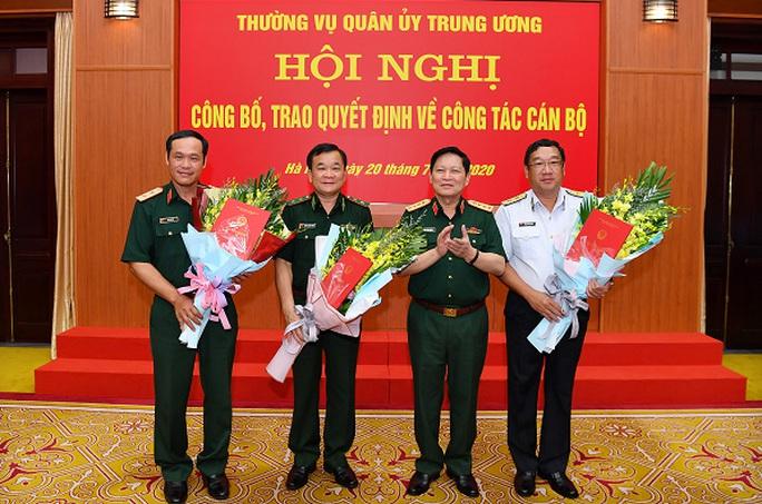 Trao Quyết định bổ nhiệm 3 Thứ trưởng Bộ Quốc phòng - Ảnh 1.