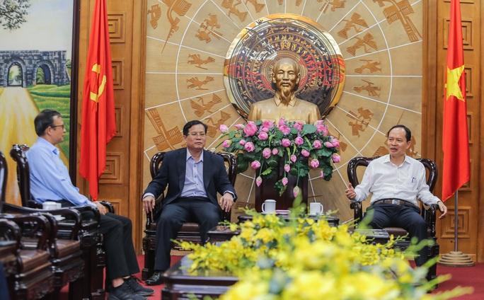 Thanh Hóa và Báo Người Lao Động trao đổi, hợp tác trên nhiều lĩnh vực - Ảnh 1.