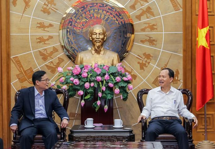 Thanh Hóa và Báo Người Lao Động trao đổi, hợp tác trên nhiều lĩnh vực - Ảnh 3.