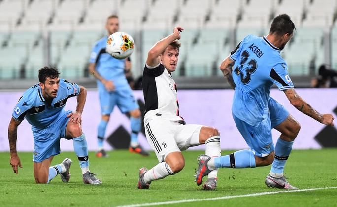 Ronaldo đua giày vàng, Juventus tăng tốc đến ngôi vương - Ảnh 1.