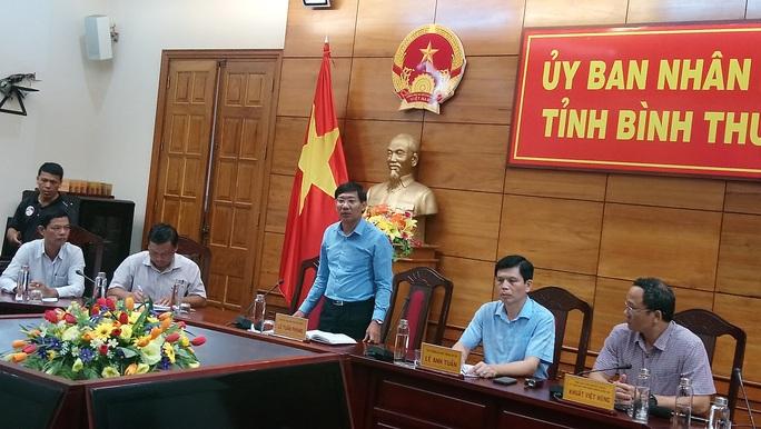 Bất ngờ về vụ tai nạn thảm khốc ở Bình Thuận: Chưa rõ ai cầm lái xe khách - Ảnh 3.
