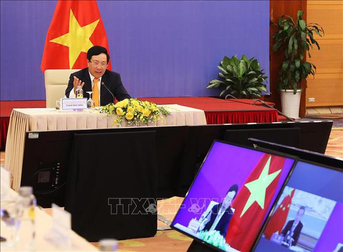 Việt Nam - Trung Quốc trao đổi thẳng thắn về tình hình Biển Đông thời gian qua - Ảnh 2.