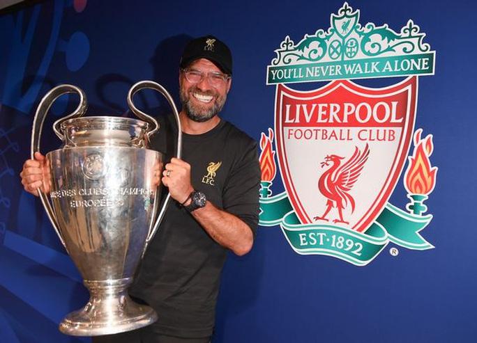 Liverpool vô địch, Klopp được bầu chọn là HLV giỏi nhất hành tinh - Ảnh 1.