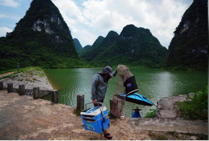 Trung Quốc lo sợ tái diễn thảm họa lũ lụt Thiên nga đen - Ảnh 2.