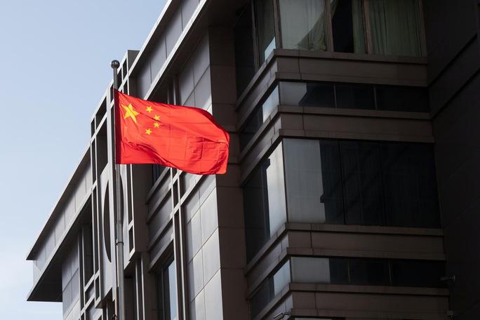 Tổng thống Trump có thể đóng cửa thêm nhiều lãnh sự quán Trung Quốc - Ảnh 1.