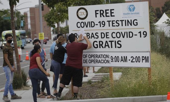 California thành tâm dịch Covid-19 lớn nhất, Mỹ bắt dân đeo khẩu trang - Ảnh 1.