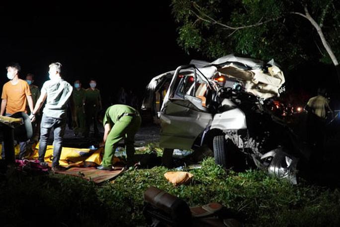 Vụ tai nạn giao thông nghiêm trọng ở Bình Thuận:  Các nạn nhân bị thương đã qua nguy kịch - Ảnh 1.