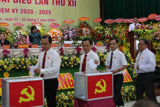 Ông Mai Văn Huỳnh tái đắc cử Bí thư Huyện ủy Phú Quốc - Ảnh 2.