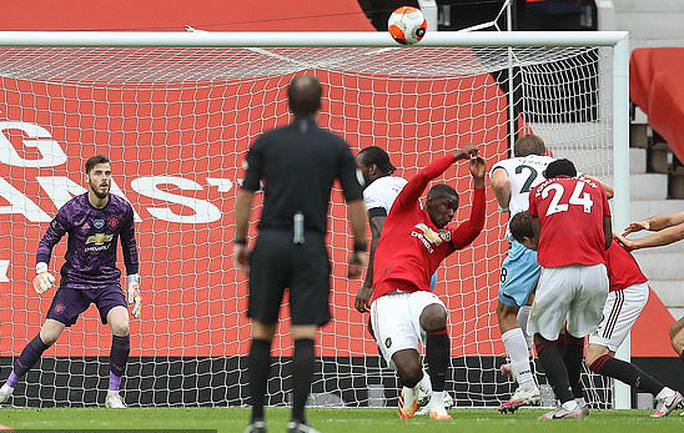 Thần đồng giải cứu, Man United bay thẳng Top 3 Ngoại hạng - Ảnh 4.