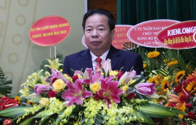 Ông Mai Văn Huỳnh tái đắc cử Bí thư Huyện ủy Phú Quốc - Ảnh 1.